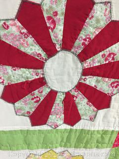 Quilt – Full Size Multi-color