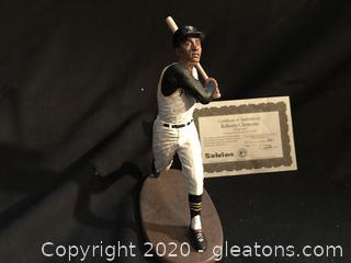 Roberto Clemente figure
