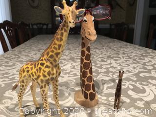 Giraffe lot Mr. Peepers glasses holder