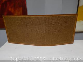 Curved Wooden Privacy Screen