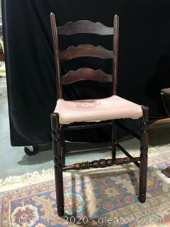 Small Ladder-back Chair - Cherry  (a)