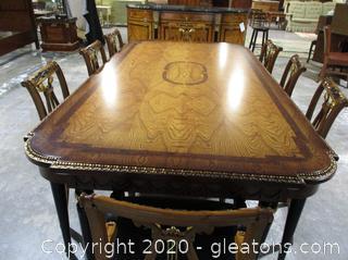 Elegantly Designed Biedermeier Style Formal Dining Table