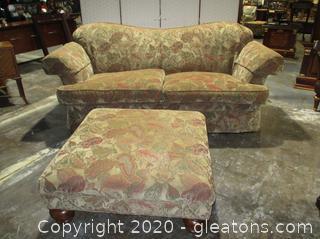 Sherrill 2 Cushion Traditional Sofa with Ottoman