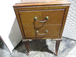 Beautiful Vintage 2 Drawer Nightstand
