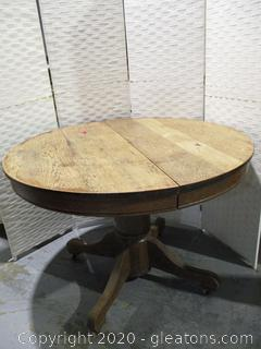Antique Oak Pedestal Table
