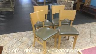 SET OF FOUR RESTURANT CHAIRS (1)