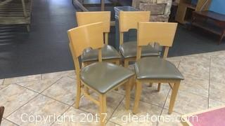 SET OF FOUR RESTURANT CHAIRS (4)