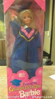 1996 GRADUATION BARBIE DOLL