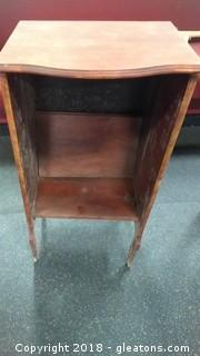SMALL SIDE CABINET NO SHELVES