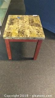 WOOD END TABLE WITH MARBLE STYLE LOOK