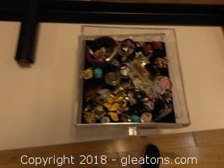 JEWERLY BOX AND CONTENTS