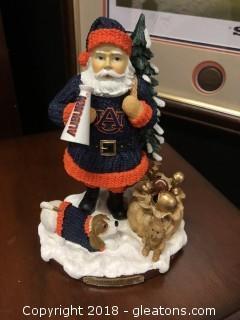 Auburn Christmas Decor