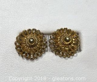 Gold Stud Earrings, Flowers