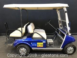 E-Z-GO Golf Cart - Recent New Batteries