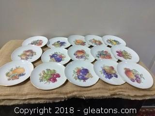 FIFTEEN WINTERLING ROSIOU BAVARIA FRUIT PLATES