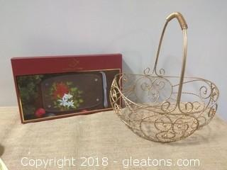 LENOX GLASS CHEESE BOARD WITH KNIFE NEW AND WIRE BASKET