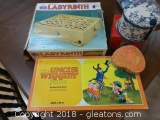 GAME LOT AND TRINKET BOXES
