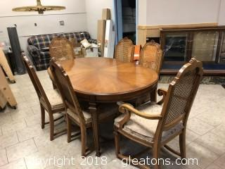 Klode Furniture Dining Room Table and Chairs PLUS 2 Leaves and Pads