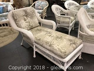 Nice Wicker Chaise Lounge with Cushion - Great Condition