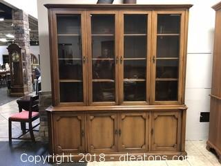 Vintage Century Oak China Cabinet - Beautiful Condition