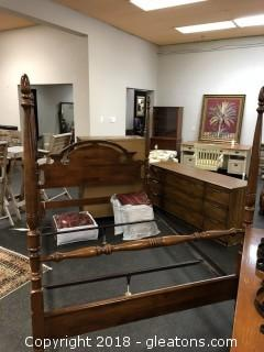 Queen or Full Mahogany Poster Bed - Great Condition