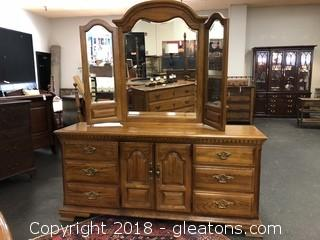 Sumter cabinet company dresser with mirror