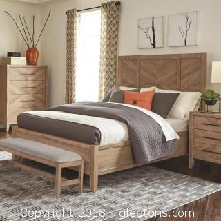 Auburn 4 Piece Queen Bedroom Set (New)