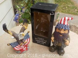 Garden Gnome Willie from Duck Dynasty & American Eagle Figurine