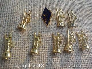 A Rhode Island Masons Pin & 8 Rhode Island Minute Men Pins Lot