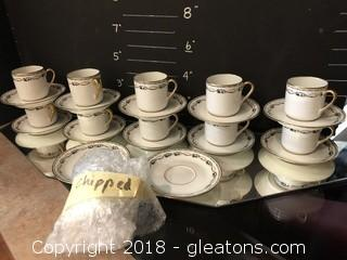 Vtg Limoges China Hrenfeldt and Reizenstein Cups and Saucers (11/12)