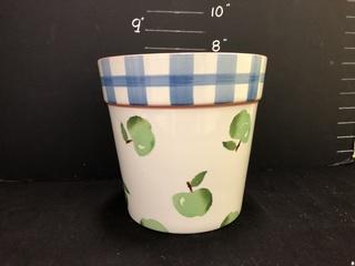 """Portugese 7"""" Vase"""