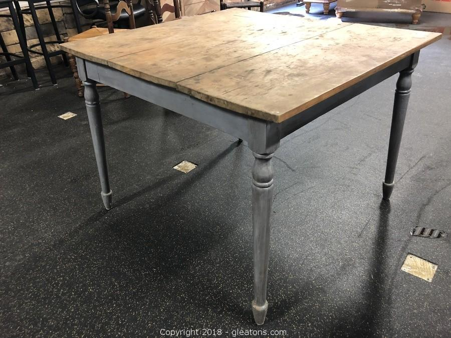 Farmhouse Table, Reclaimed Wood, Grey Legs And Natural Wood Top