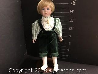 """16"""" Camelot Doll"""