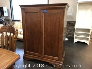 Short Entertainment Armoire