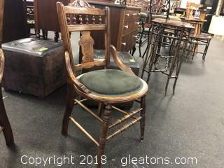 Vintage Round Botom Side (B) Chair