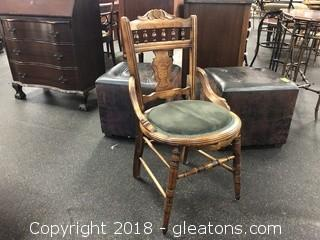 Vintage Round Botom Side (D) Chair