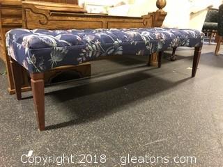 Tufted upholStered Bench