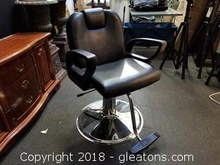 Hydraulic Reclining Salon Chair With Adjustable Headrest
