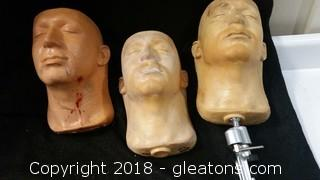 Movie Prop Heads With Stand (3)