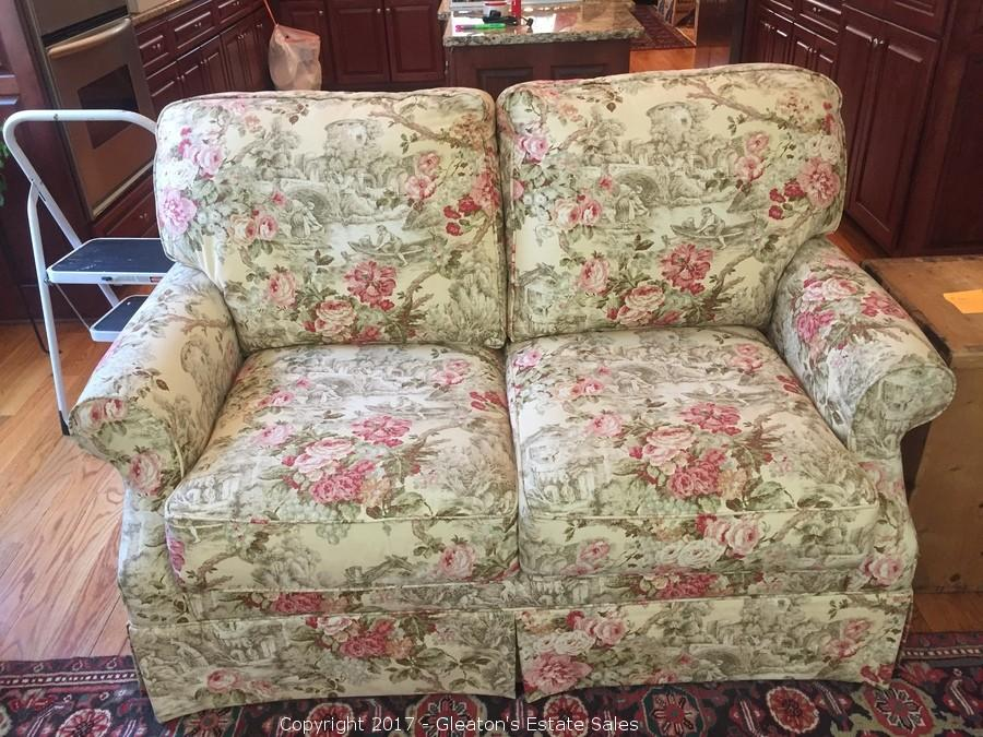 Country French Love Seat Sofa   Top Of The Line