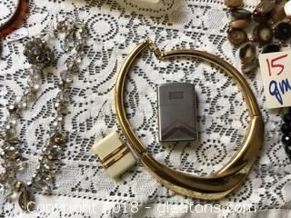 Huge Lot of vintage Jewelry From 1940's to1970's