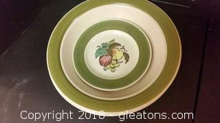 Provincial Fruit By Metlox 2 Serving Bowl Small Plate