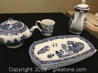 Johnson 3 Bros Tea Set