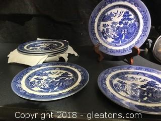 Set Of 8 Johnson Bros Medium Size Plates