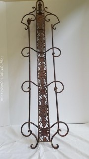 """Metal Plate Holder Wall Decor Holds 3 Plates 40"""""""