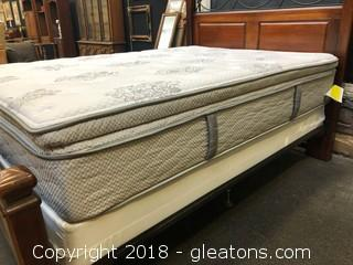 Serta Mattress And Box Spring Queen Like New