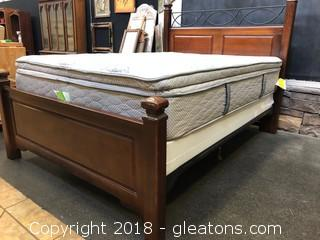 Queen Size Wood And Iron Bed Without Mattress