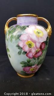 """Vintage Hand Painted Glass/China/Gold Trim Vace 8""""H"""
