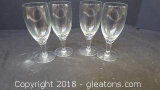 """Set Of (4) Small Wine Glasses 5""""H"""