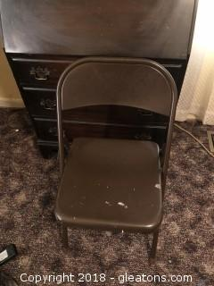 Card table with 7 metal folding chairs